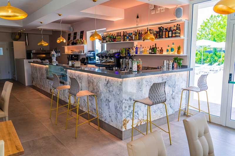 bar-ristorante-cecina-interni